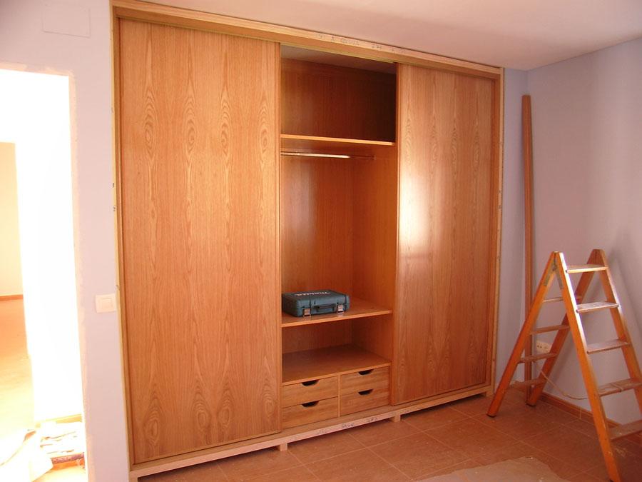 Carpinteria hernandez - Interiores armarios empotrados puertas correderas ...