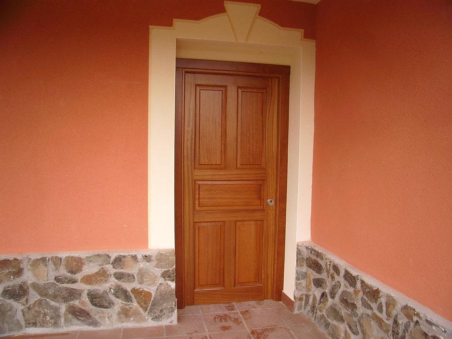 Carpinteria hernandez for Maderas para puertas de interior