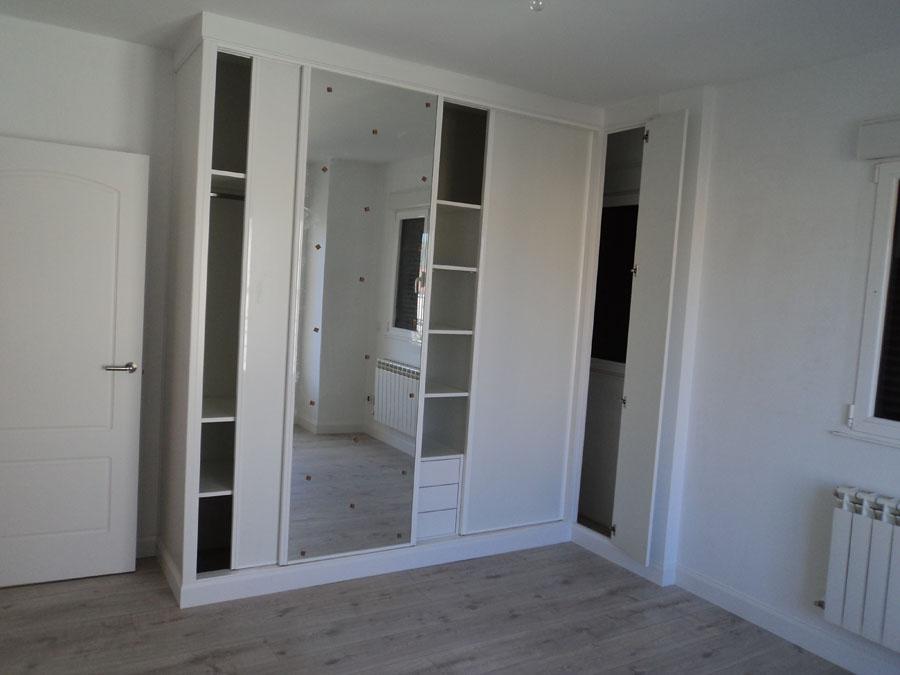 Carpinteria hernandez - Armario blanco puertas correderas ...