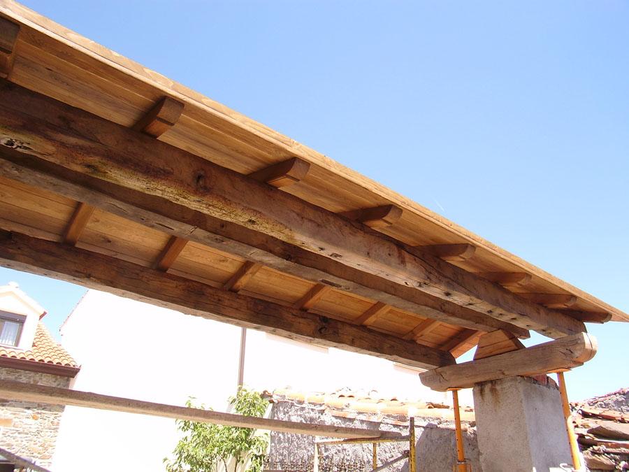 Techo techos interiores de madera decoraci n de - Techos de madera interiores ...